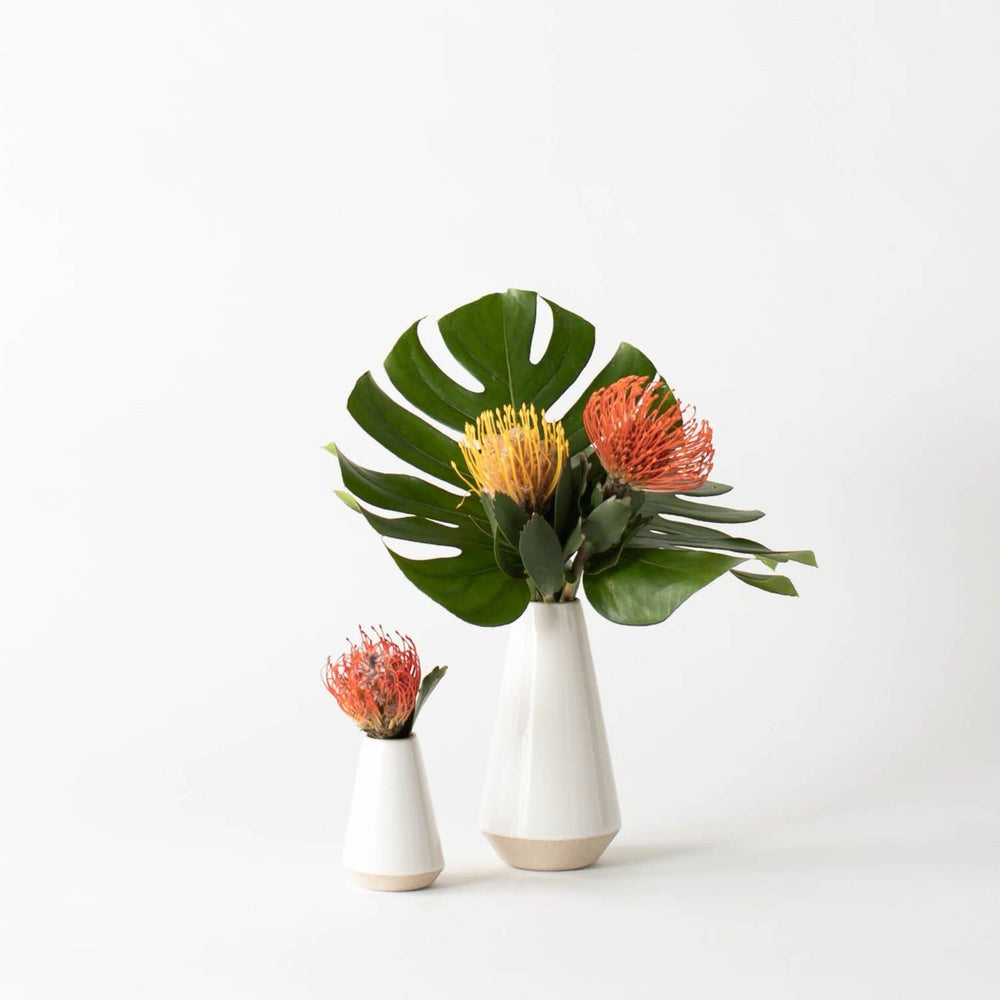 Load image into Gallery viewer, MINIMAL BUD VASE