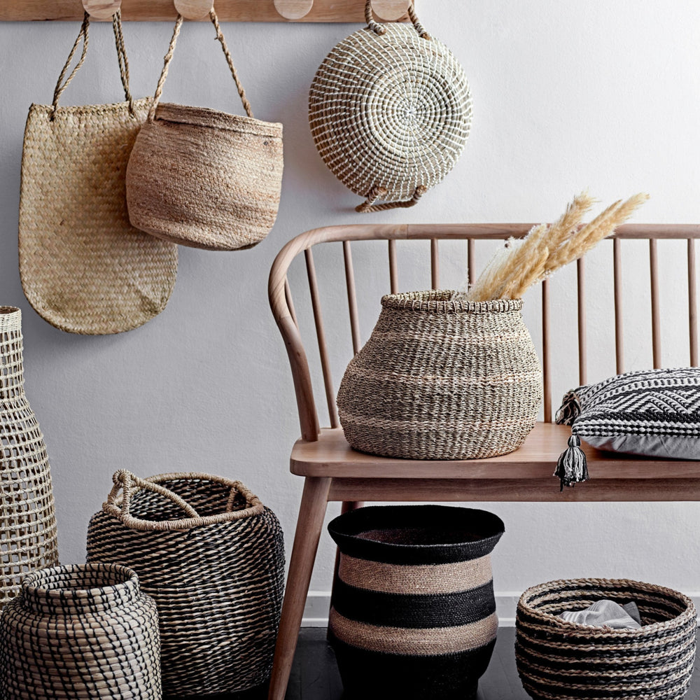 LARGE HANDWOVEN BLACK & NATURAL STRIPE SEAGRASS BASKET WITH HANDLE