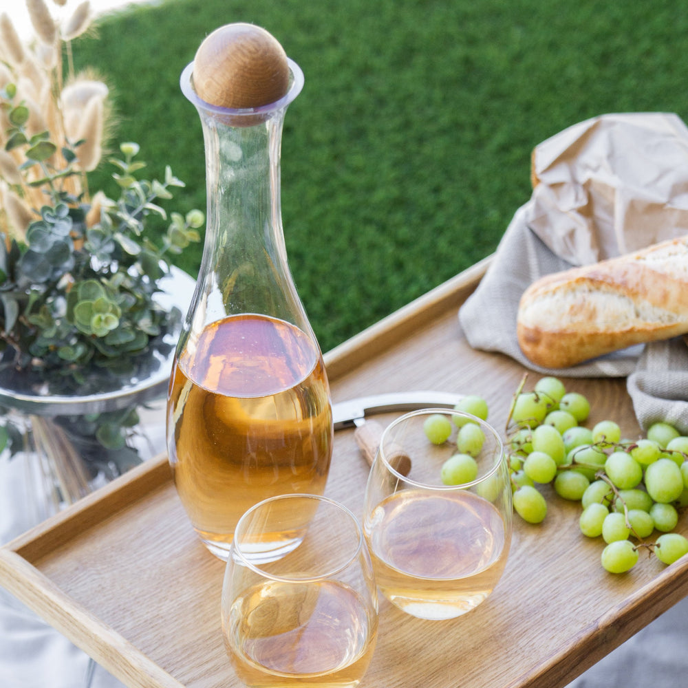 NATURE WINE & WATER CARAFE W/ OAK STOPPER