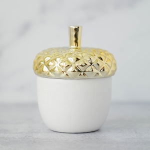Load image into Gallery viewer, TRIED & TRUE VINTAGE VELVET CERAMIC ACORN CANDLE