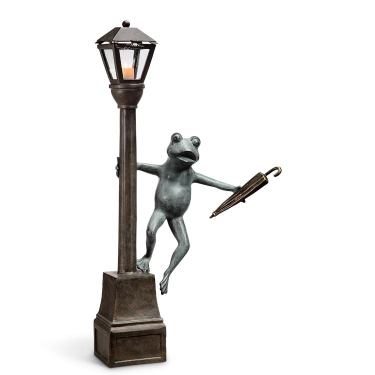 Streetlight Frog Garden Lantern-Iron Home Concepts