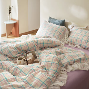 check embroidery lace bedlinen set