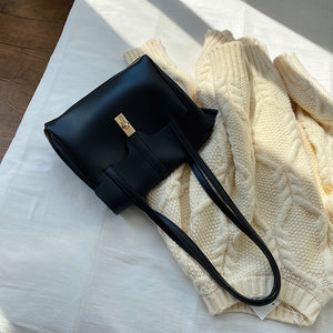 square one shoulder hand bag
