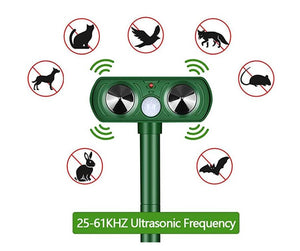 Animal Pest Repeller Set, Outdoor Solar Powered Ultrasonic Signal Strong Flash Garden Lawn Park Protector Electronic Animal Scarer for Bird Cat Dogs Rat Snake Wild Boar Rabbit Raccoons Device