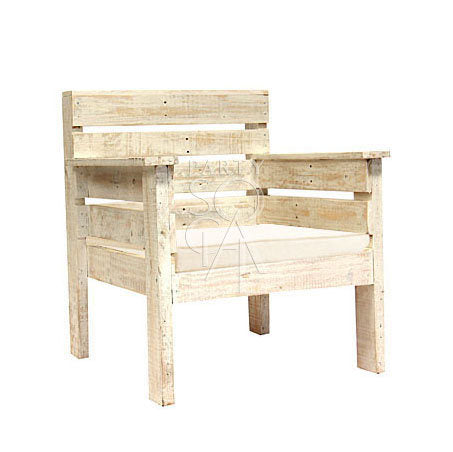WHITE WOOD ARMCHAIR
