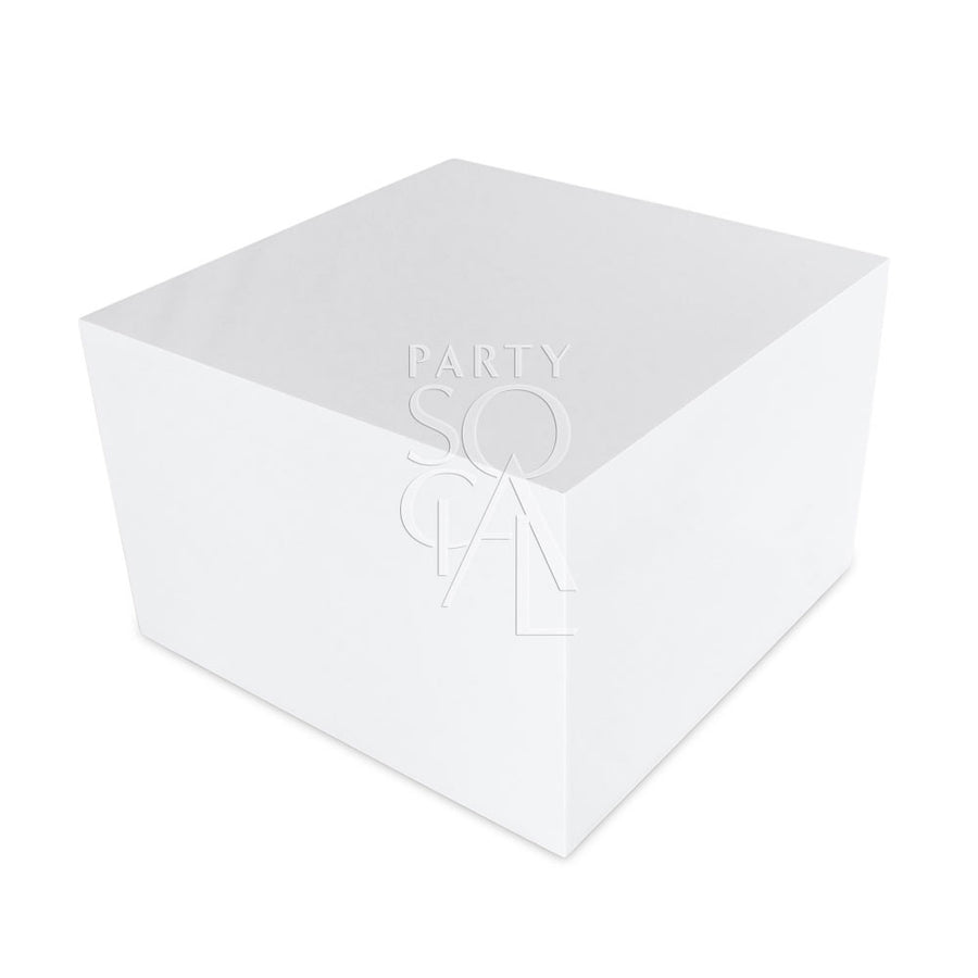 BOXY WHITE COFFEE TABLE