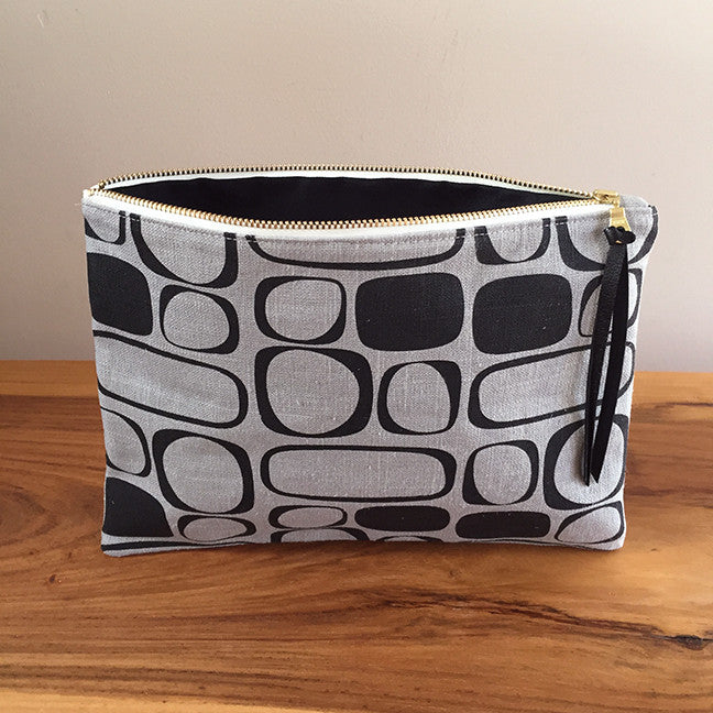 Zipper Pouch – Gray