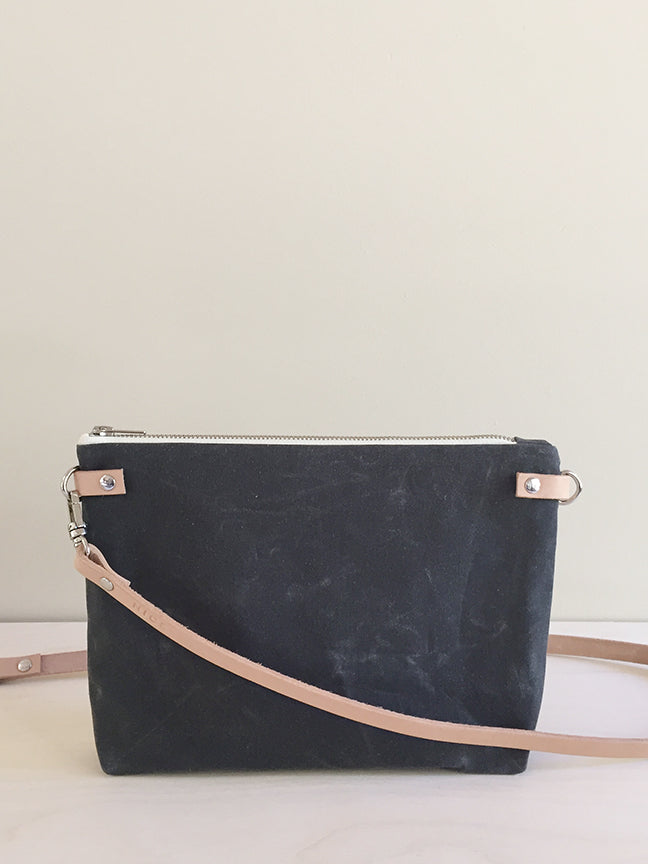 Crossbody Bag with Zipper – Gray