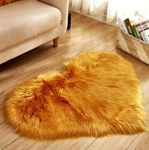 Soft Faux Fur Love Heart Rug - The Changing World Store
