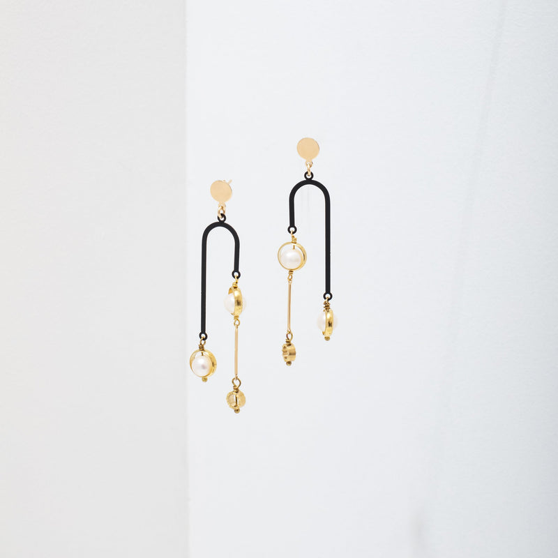 Tionne Earrings - Black