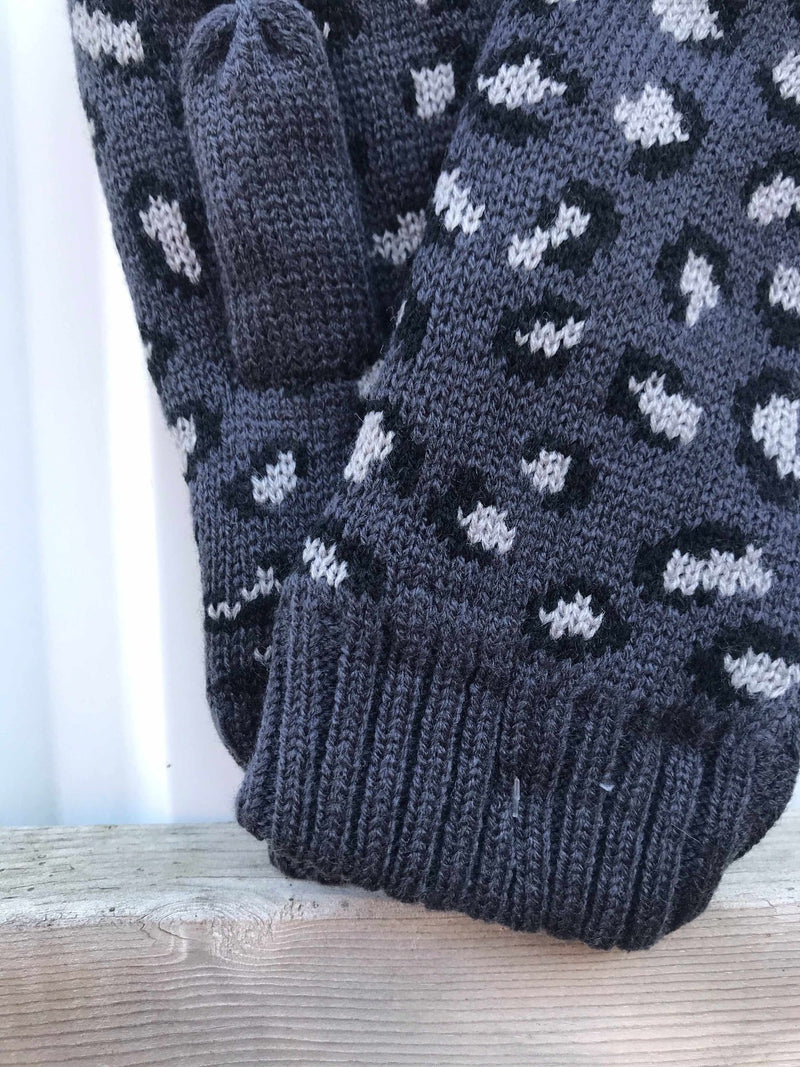 Grey Leopard Fleece-Lined Mittens-Winter Knits-Yellow Umbrella