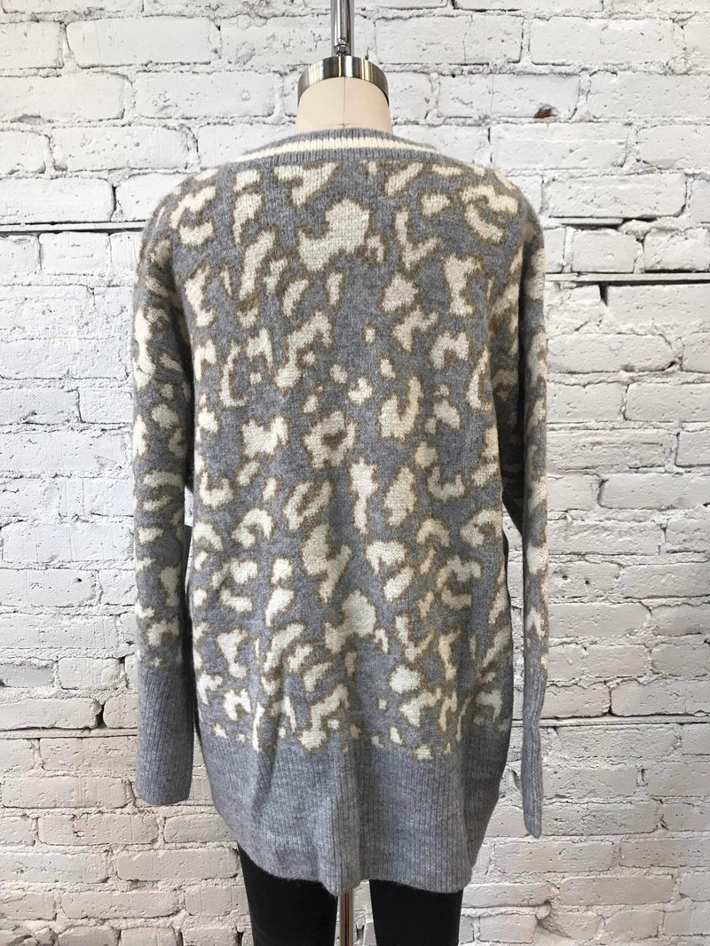 Oversized Gray Leopard Sweater-Sweater-Yellow Umbrella