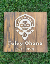 Load image into Gallery viewer, Polynesian resort custom personalized family name wood plank sign