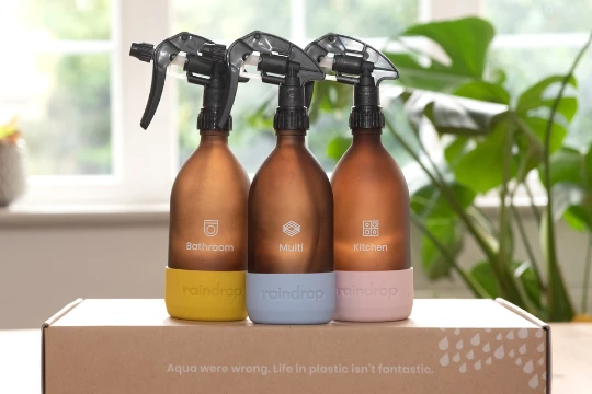3 amber glass bottles for eco-friendly cleaning refills