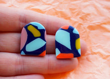 Load image into Gallery viewer, PALM SPRINGS // Archie Statement Studs in Navy Studio Ides