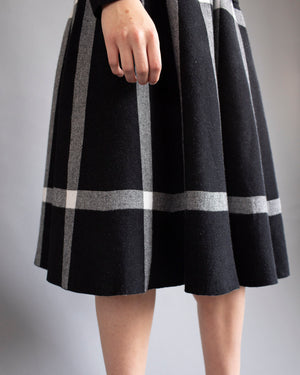 Black and White Knit Skirt