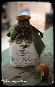 French Bee Decorative bottle