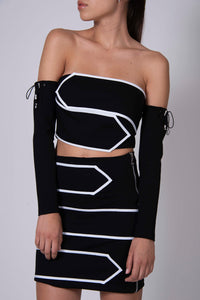 STRAPLESS ARROW TOP