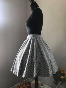 Lolita skirt Black Checkered Gingham S, M - Shop women style vintage, Audrey Hepburn jackets online -Christine