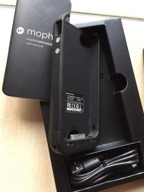 Apple IPhone 4 e 4s Custodia cn batteria... a Sorrento - Kijiji