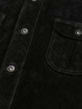 Load image into Gallery viewer, El Solitario Vandal Suede Overshirt Black. detail 1