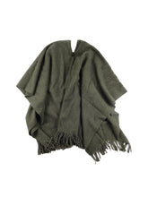 Load image into Gallery viewer, El Solitario Traditional Poncho Green