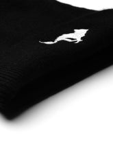 Load image into Gallery viewer, El Solitario El Solitario Cashmere Beanie Hat black. Logo