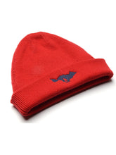 Load image into Gallery viewer, El Solitario Cashmere Beanie Hat Red. Front