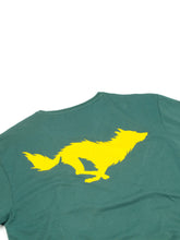 Load image into Gallery viewer, El Solitario Lobo Green T-Shirt. Detail Back