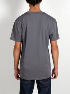 El Solitario Outlaws Grey T-Shirt. Model Back