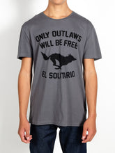 Load image into Gallery viewer, El Solitario Outlaws Grey T-Shirt. Model Front