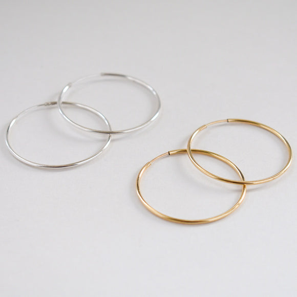 The Nubia Hoops – Medium