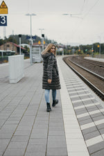 Laden Sie das Bild in den Galerie-Viewer, Zero-Down-Wendejacke mit Tunnelzug in der Taille