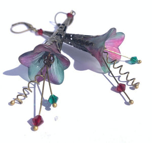 Lucite Flower Earrings- HandPainted Fuchsia and Green Trumpets
