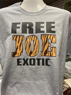 Free Joe Exotic Tiger King T-Shirt