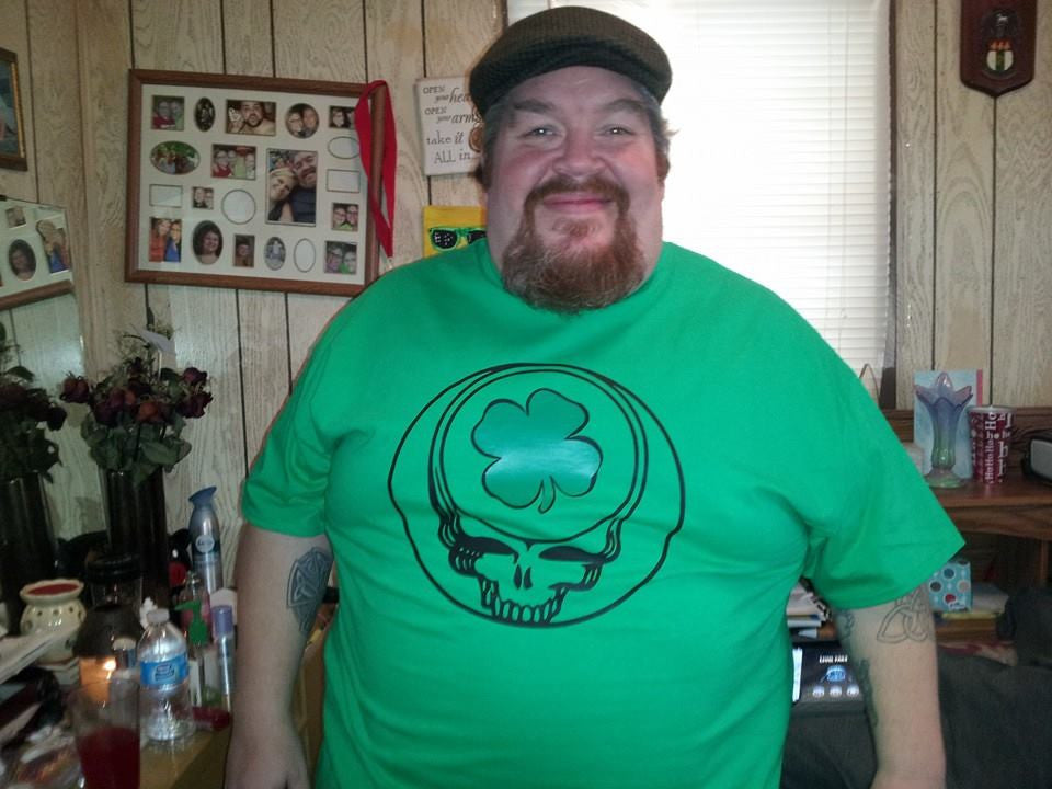 Grateful Dead Steal Your Face Logo t-shirt with a Shamrock