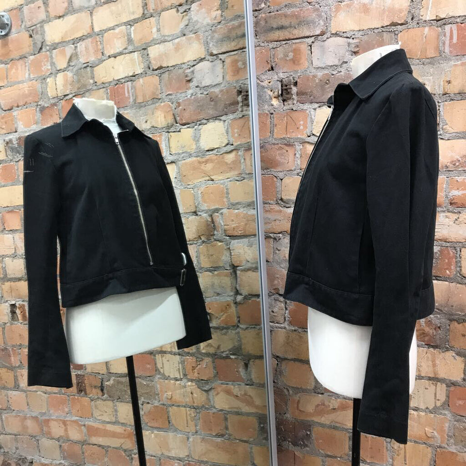 (Minor marks) Black 100% cotton L/slv zip up jacket