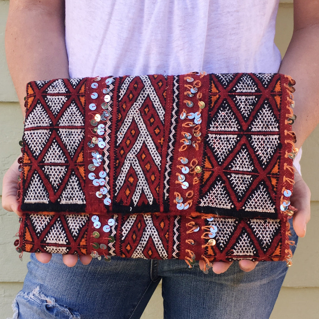 The Sandy Oversized Clutch