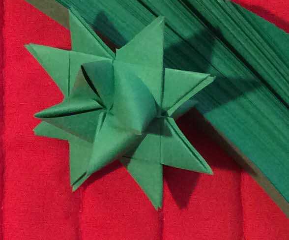 200 Green medium paper strips