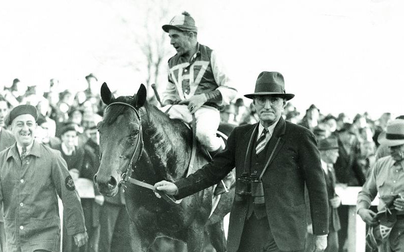 Seabiscuit en compagnie de Tom Smith