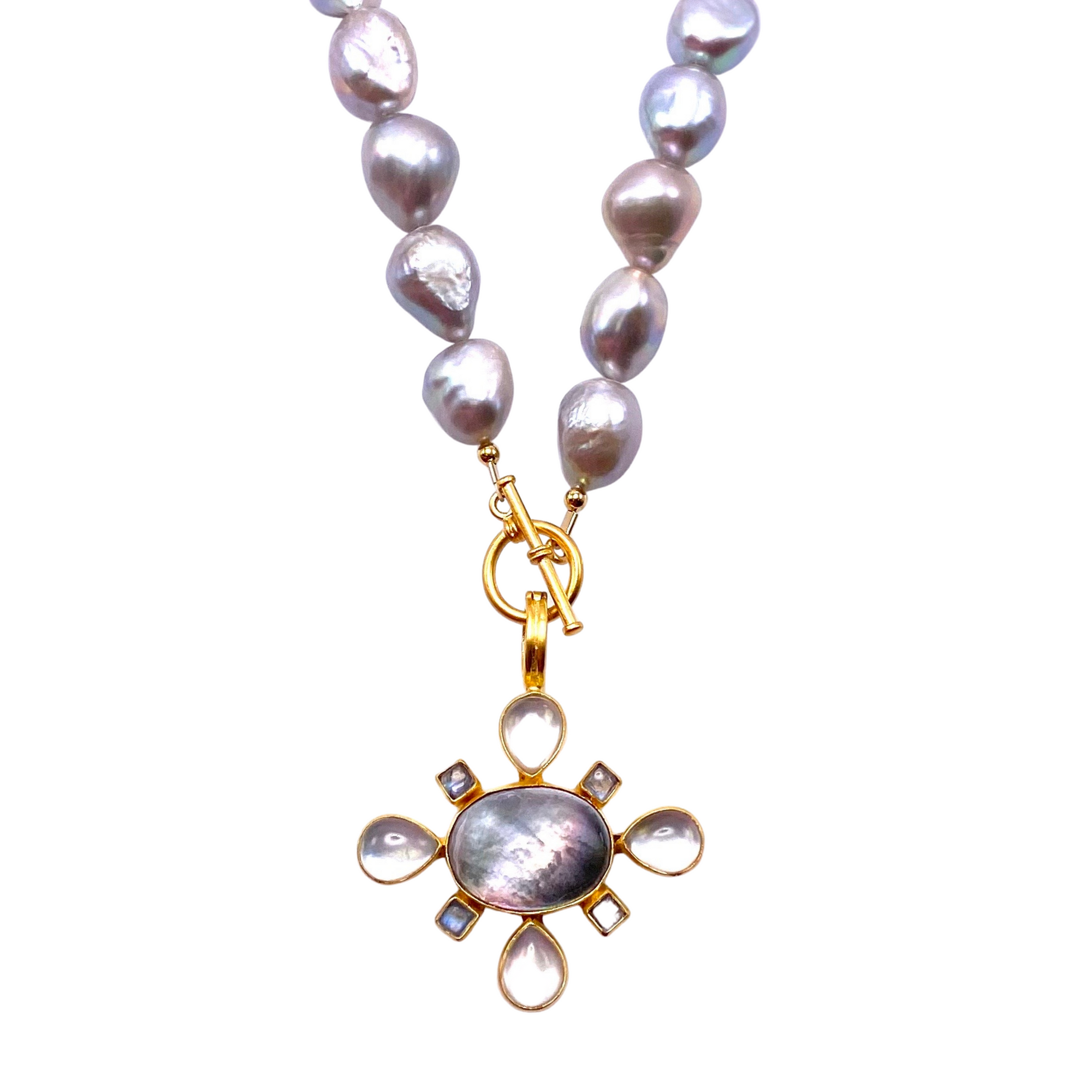 Pearl Toggle Necklace Set