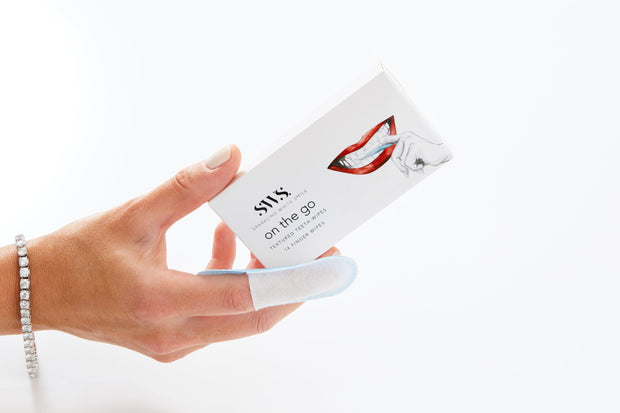On The Go Textured Teeth Wipes