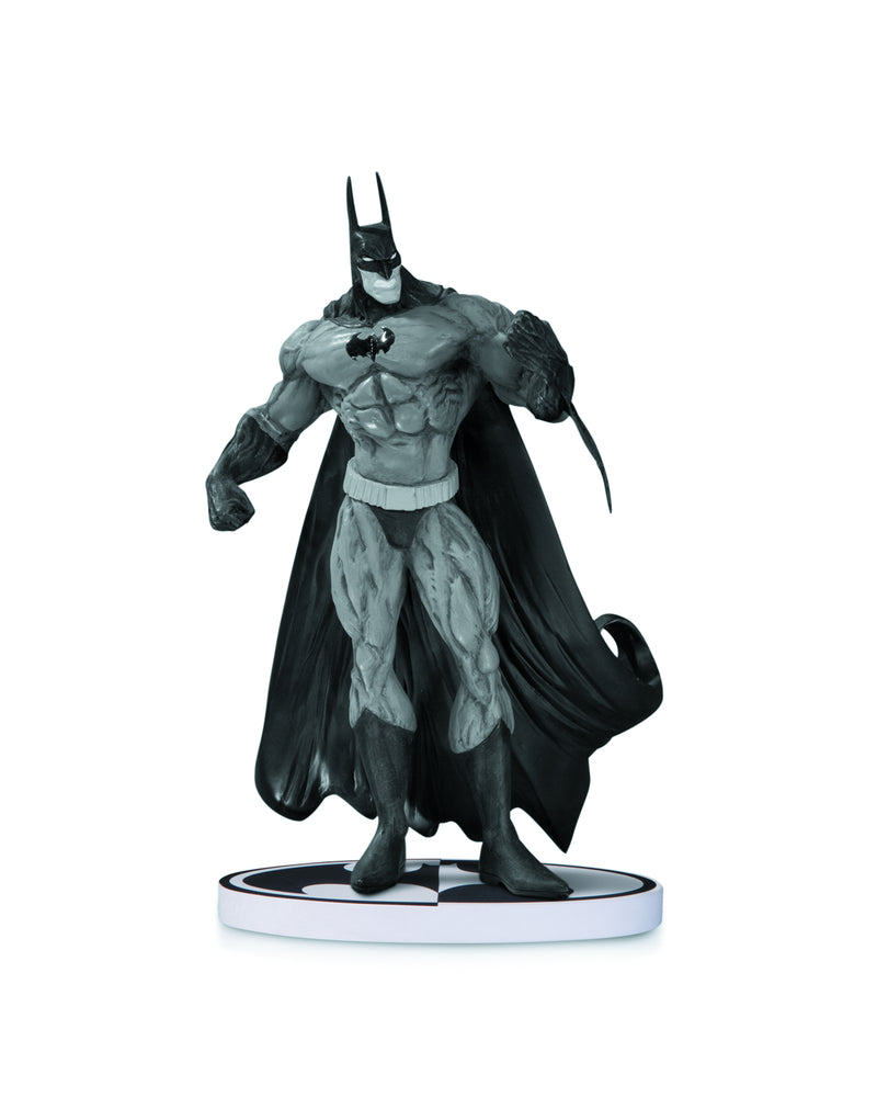 BATMAN BLACK & WHITE STATUE BY BISLEY 2ND ED