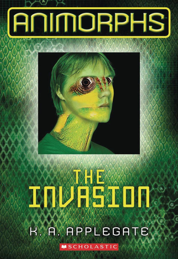 ANIMORPHS HC GN VOL 01 THE INVASION