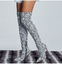 Load image into Gallery viewer, Suede thigh high boots