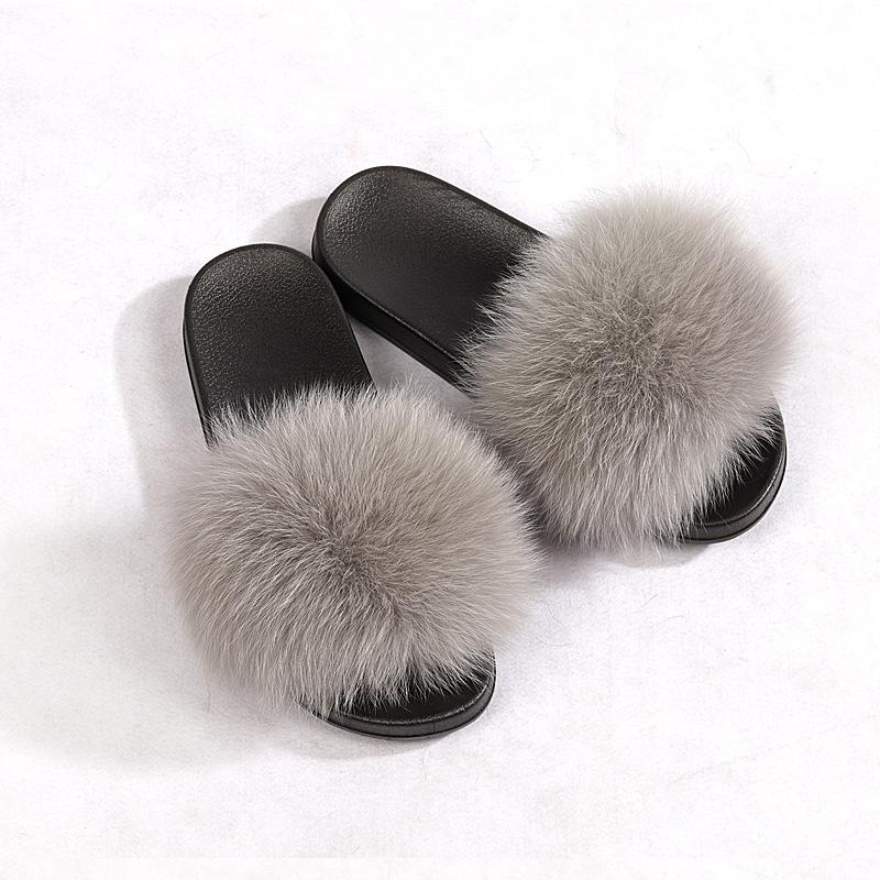 The Fluffy Slides Gorgeous Ladies Furry Slides