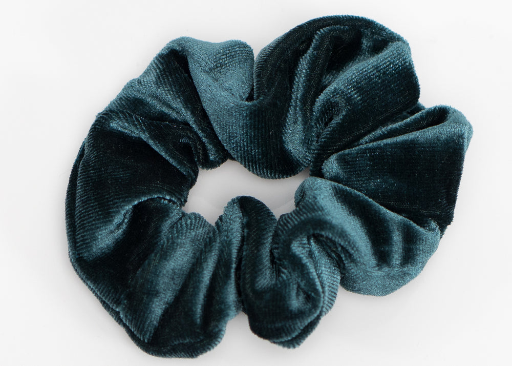 The Green Velvet Scrunchy Set
