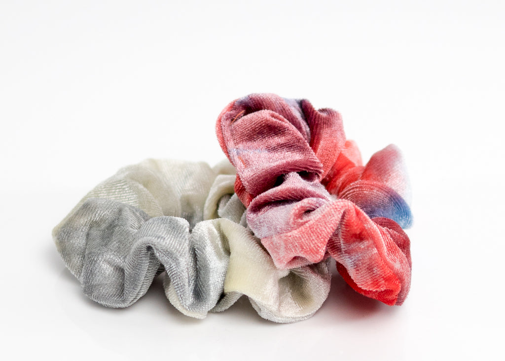 Tie-Dye Red and Gray Velvet Scrunchy Set