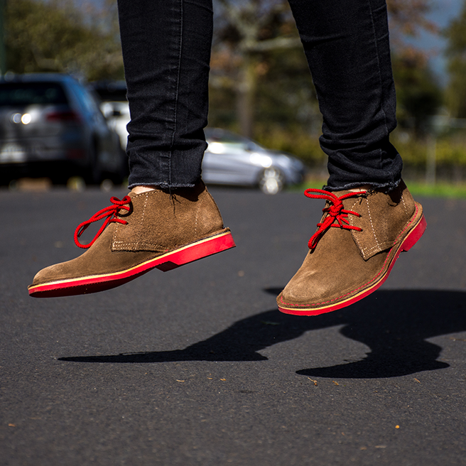 MEN'S DESERT BOOT PINOTAGE RED