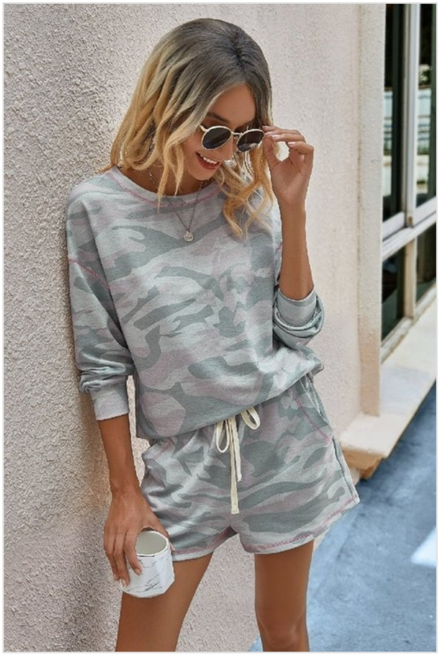 Camo two piece long sleeve set Loungewear